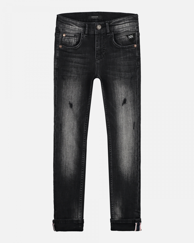 platte foto zwarte jeans voor kinderen van nikkie